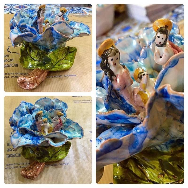 Artistico Presepe siciliano interamente realizzato e decorato a mano - Collezione Fiori: ROSA