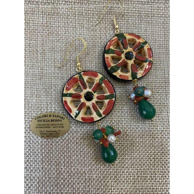 Orecchini ruota di carretto Siciliani, ceramica Caltagirone, coralli bamboo, Perla scaramazza, Sicily, ruota, agata verde