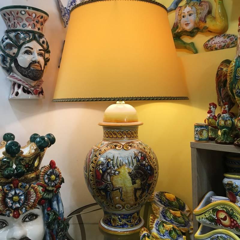 Lume barocco in ceramica siciliana,...